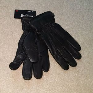 New w/ tags genuine leather black gloves